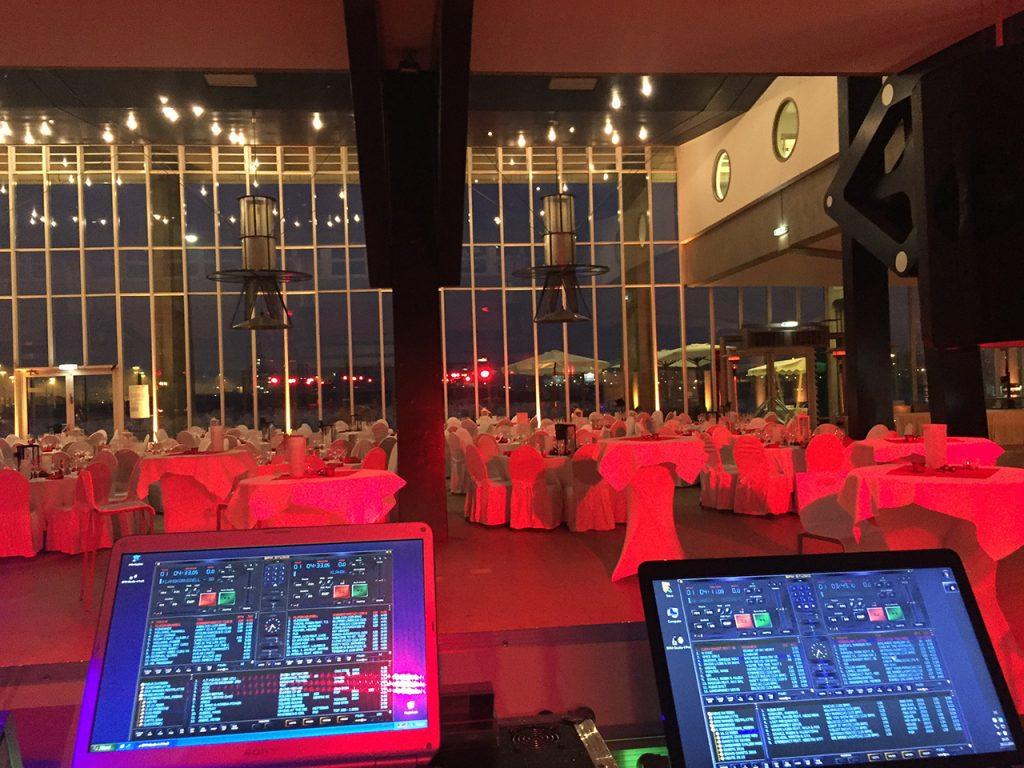 DJ Steves DJ-.Set auf einer Firmenveranstaltung, dj weihnachtsfeier